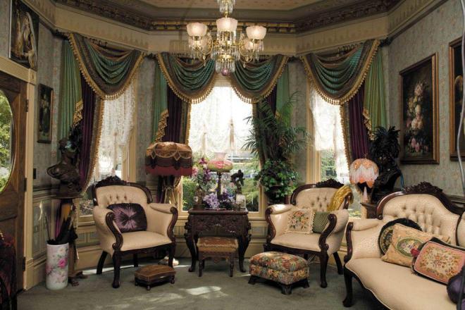Victorian-House-Decor